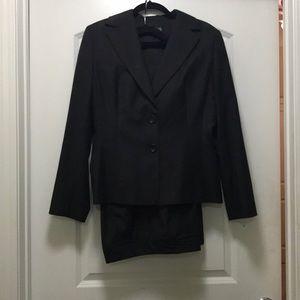 Ann Taylor Two Piece Suit Black/Gray Pinstripe